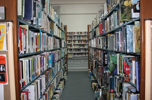 The stacks at the Paris-Bourbon County Library